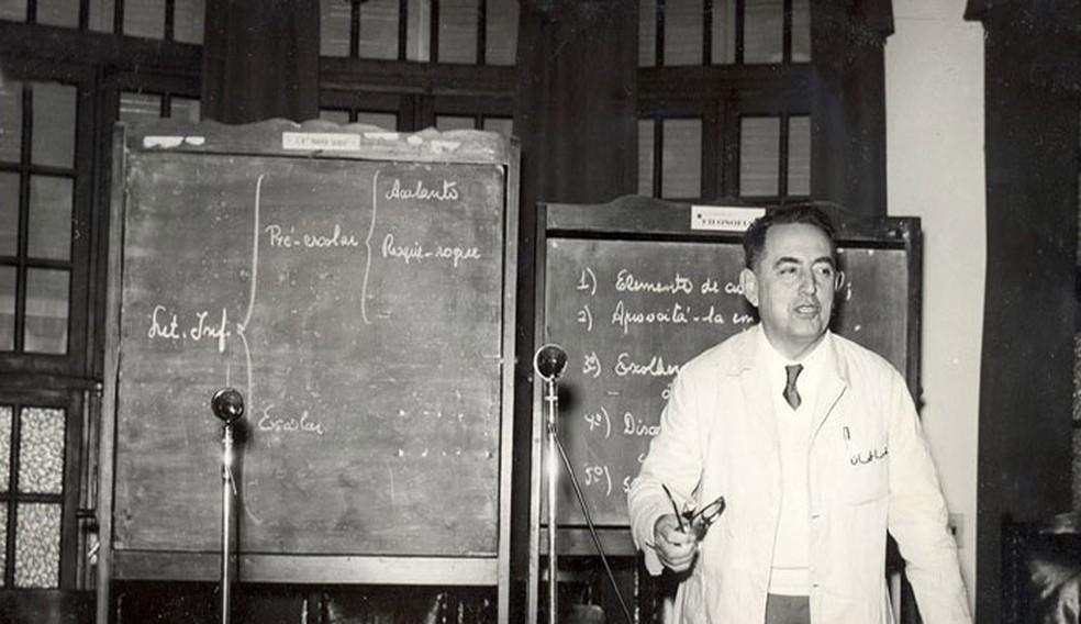 Professor Julio Cesar de Mello e Souza nasceu em 1895 e faleceu em 1974 (Foto: Centro de Memória da Educação Unicamp/Reprodução)