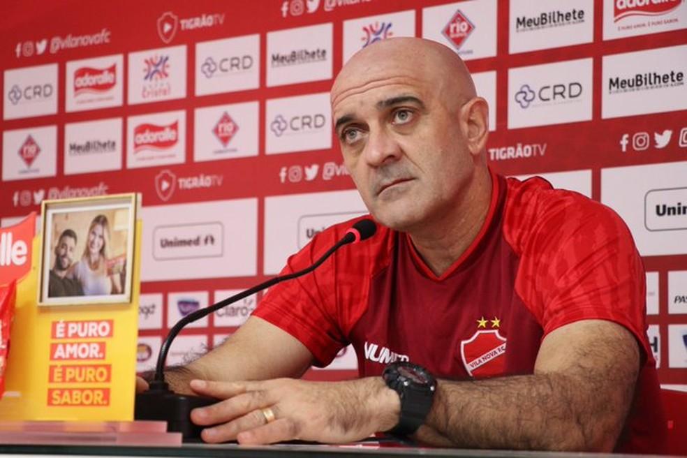 Itamar Schulle será o técnico do Santa Cruz  — Foto: Comunicação / Vila Nova