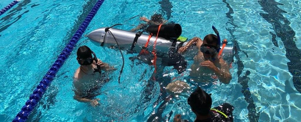 O pequeno submarino desenvolvido pela equipe de Elon Musk (Foto: Reprodução/Twitter)