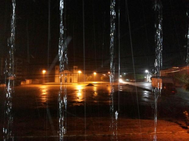 Dezesseis cidades registraram mais de 100 mm de chuvas  (Foto: G1/RN)