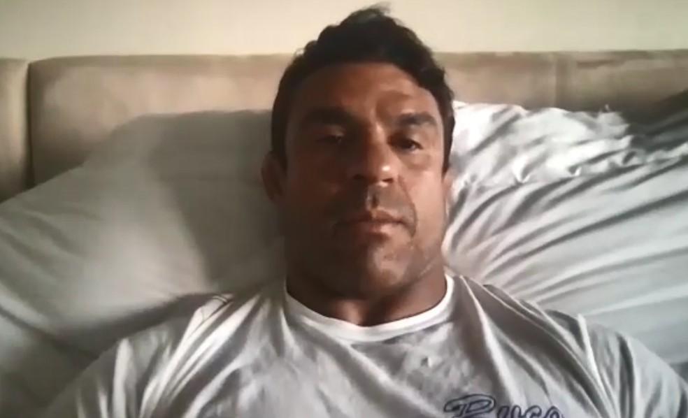 Vitor Belfort falou com exclusividade sobre a luta para o Combate — Foto: Reprodução