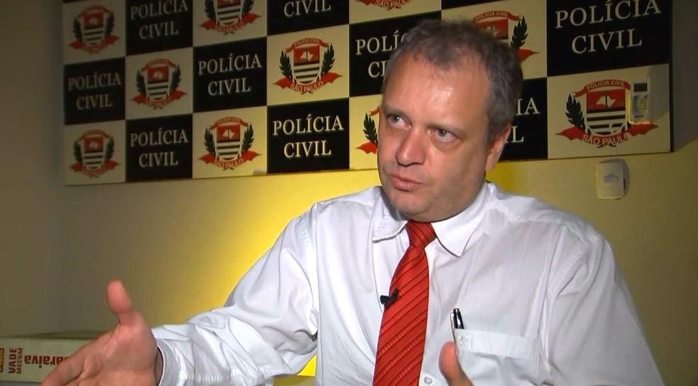 Para o delegado Kléber Alonso, denunciar é importante até para inibir novos atos do mesmo infrator (Foto: Reprodução / TV TEM)