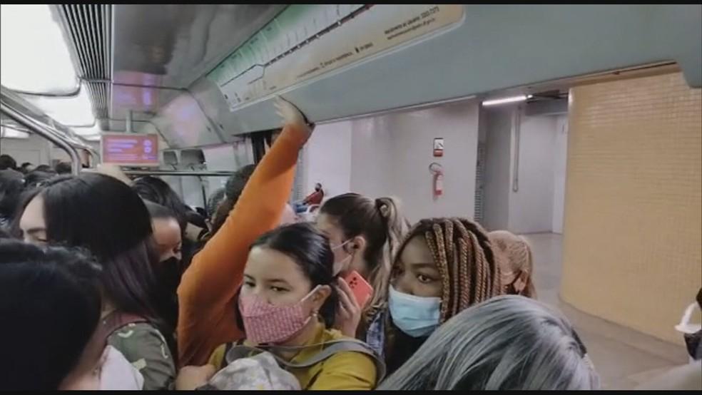 Vagão do metrô lotado no Distrito Federal durante a pandemia — Foto: Arquivo pessoal