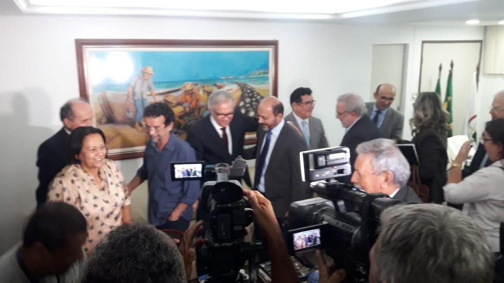 Fátima Bezerra (PT) visitou desembargadores do TJ do RN para tratar da crise financeira — Foto: Heloísa Guimarães/Inter TV Cabugi