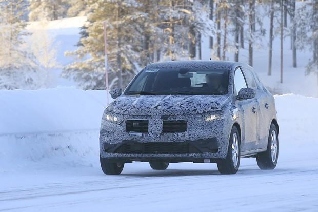 Flagra: Renault Sandero (Foto: Automedia)