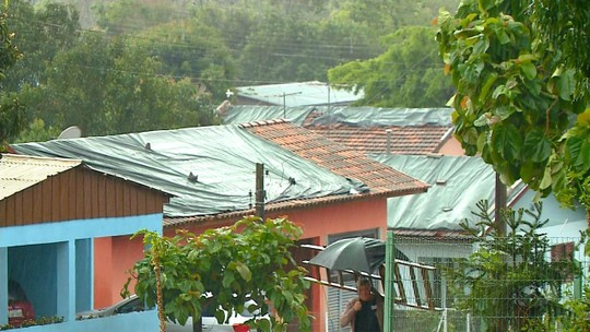 Granizo causa danos em mais de 2 mil casas em Crissiumal, no Noroeste do RS