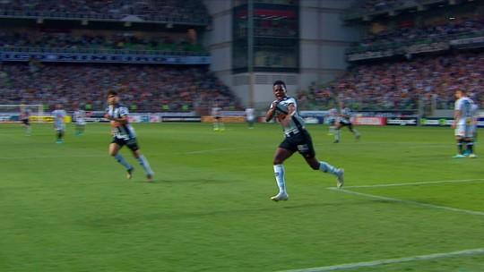 Revelação do Atlético-MG, Marquinhos termina o ano em alta e é observado pelo Chelsea