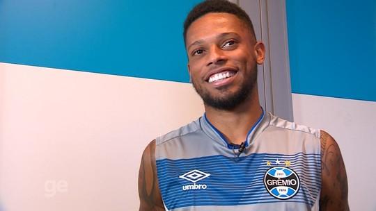 "Após 1º gol, André planeja fincar raízes no Grêmio para matar ""saudades"" de título"