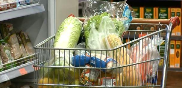 Segunda cesta básica mais cara entre capitais é a de Florianópolis; veja receitas para aproveitar de forma integral os alimentos