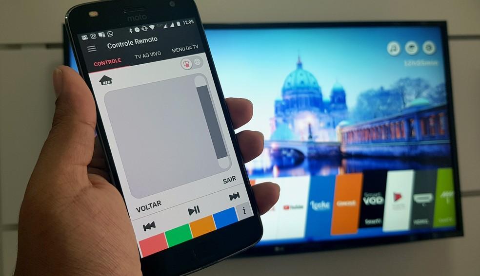 Veja como usar o smartphone para controlar o webOS da smart TV LG (Foto: Paulo Alves/TechTudo)