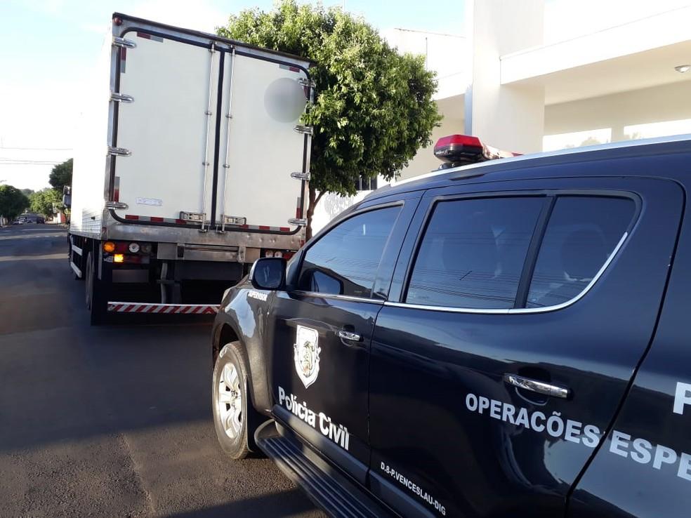 Carne foi furtada de caminhão em Presidente Venceslau — Foto: Polícia Civil/Cedida
