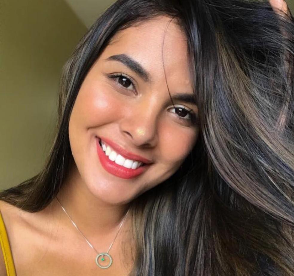 Kimberly Mota foi encontrada morta no apartamento do namorado, no Centro de Manaus — Foto: Reproução/Facebook