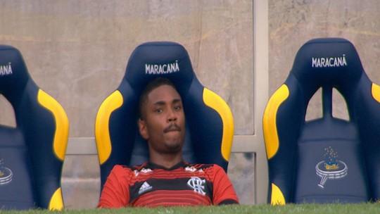 As vaias para Vitinho são justas? Veja vídeos, números e opiniões sobre o atacante no Flamengo