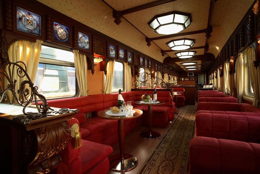 Trem de luxo na Rússia; há opções de passagem e conforto para todos os bolsos (Foto: Simon Pielow/Creative Commons)