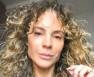 Maíra Charken chora ao falar de dificuldades financeiras