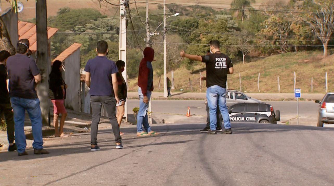 Polícia Civil faz reconstituição de crime que matou estudante de piano em Varginha, MG