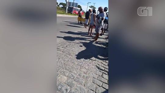 Motociclista tem perna decepada em colisão com carro em Cabo Frio, no RJ