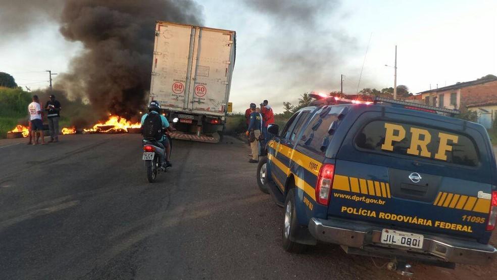 PRF disse que não foi informada antecipadamente pelos organizadores dos protestos  (Foto: PRF, Divulgação)
