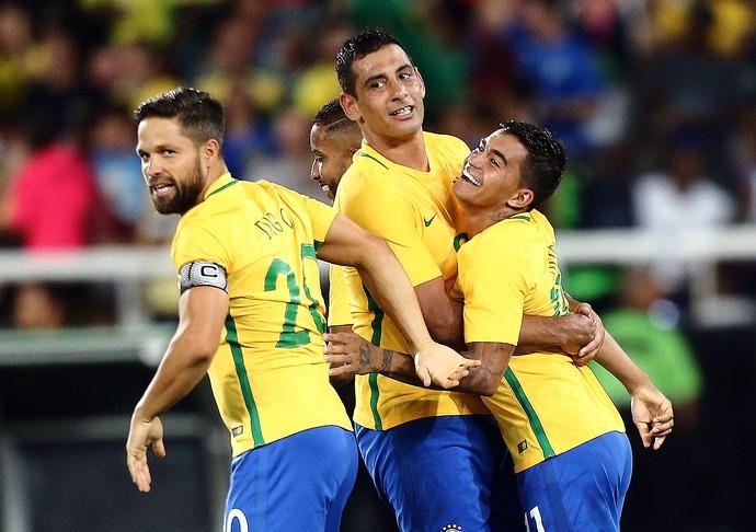 Brasil Seleção Brasileira Diego Diego Souza Dudu (Foto: Fábio Motta / Estadão Conteúdo)