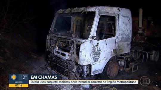 Dupla usa coquetel molotov para incendiar carretas na Região Metropolitana de BH