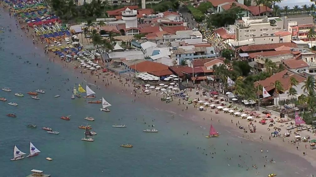 Praia de Porto de Galinha registra movimentação maior que pré-pandemia — Foto: Reprodução/TV Globo