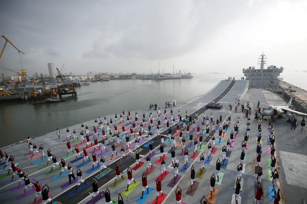 2019 06 21t050338z 2092859722 rc1855d22500 rtrmadp 3 yoga day india - Dia Internacional do Yoga é celebrado pelo mundo; veja fotos