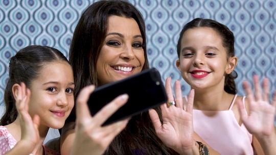 Neste sábado Cecília te ensina tudo sobre selfie no 'Cê Viu?'