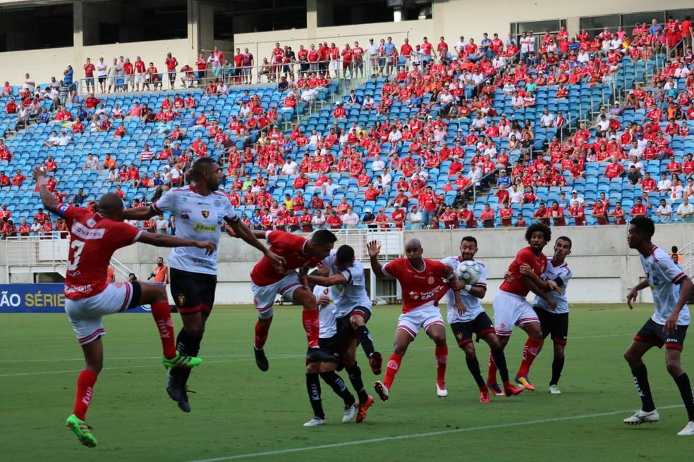 América-RN venceu Guarani de Juazeiro com gol aos 49 minutos do segundo tempo (Foto: Augusto Gomes/GloboEsporte.com)