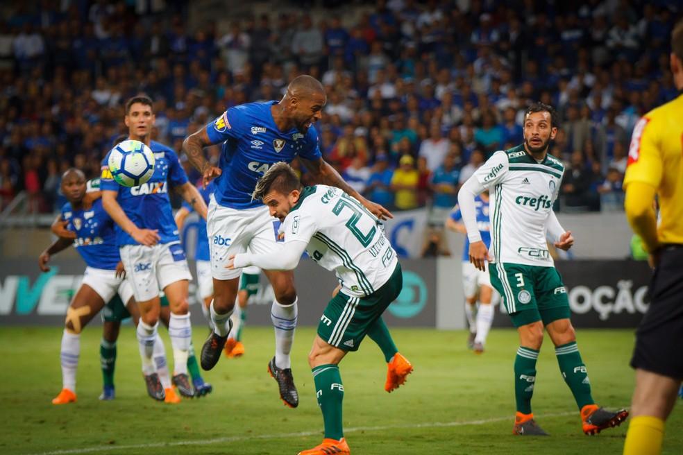 Cruzeiro de Dedé x Palmeiras de Edu Dracena: duelo entre defesas sólidas na Copa do Brasil — Foto: Vinnicius Silva/Cruzeiro