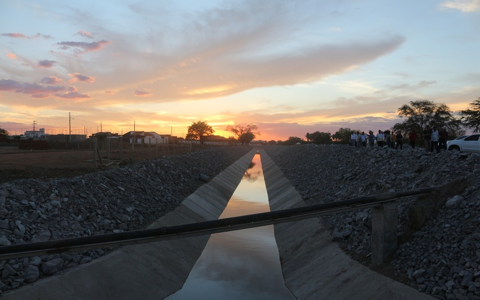 Vazão de água que chega à Paraíba é insuficiente, diz Aesa — Foto: Artur Lira/G1