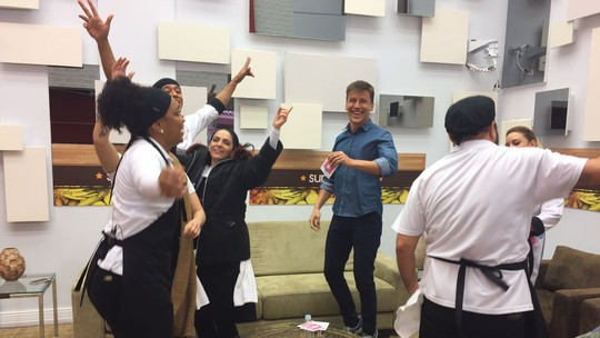 Participantes se divertem com quiz sobre o 'Super Chef'