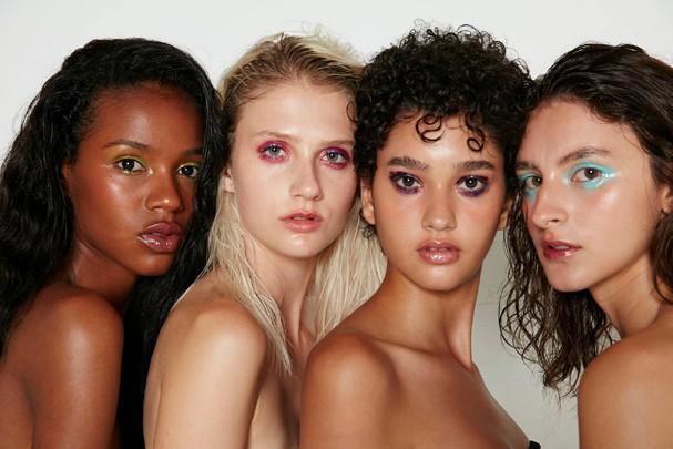 Maquiagem: Olhos coloridos glossy (Foto:  Bruna Castanheira/Glamour)