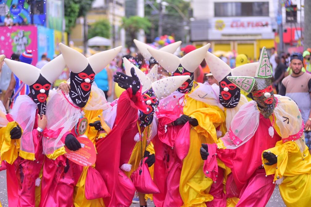 Pierrots fazem a festa no Campo Grande — Foto: Sérgio Pedreira/Aghaack