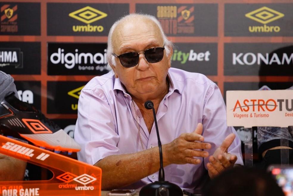 Milton Bivar assumiu o Sport no início do ano passado — Foto: Anderson Stevens/Sport