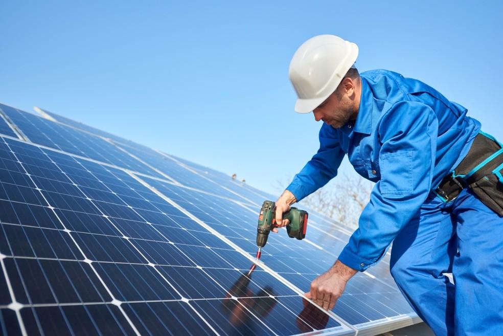 Energia solar em telhados — Foto: Divulgação/SIMEPE