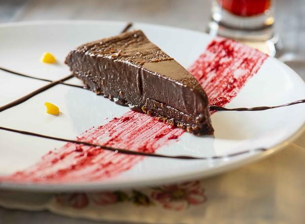 Receita de torta de chocolate belga, do Chez Vous (Foto: Ligia Skowronski/Divulgação)