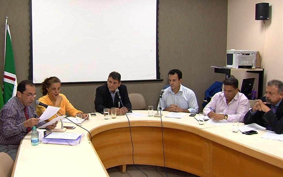 CEI da Saúde apura denúncias de irregularidades em contratos e no atendimento à população em Goiânia (Foto: Reprodução/TV Anhanguera)
