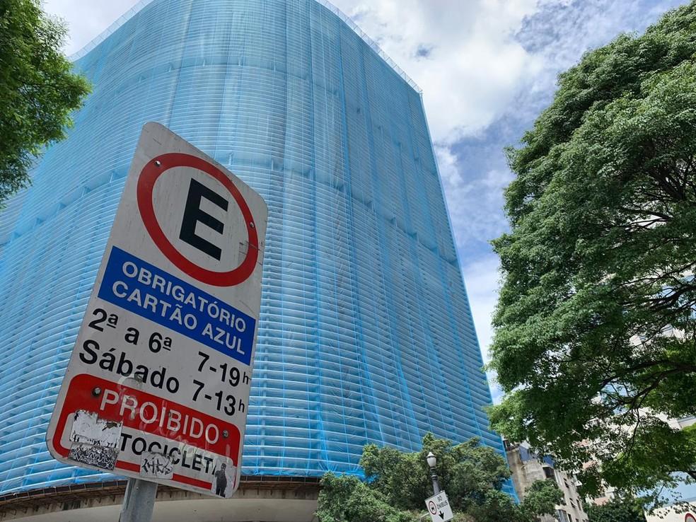 Zona azul permanece normal sem qualquer tipo de alteração — Foto: Thiago Tanji