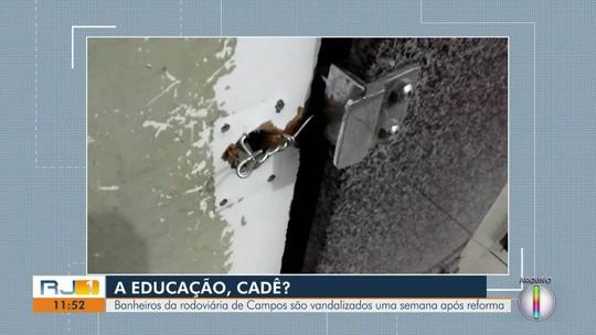 Após reforma, banheiro da rodoviária de Campos, RJ, é alvo de vandalismo