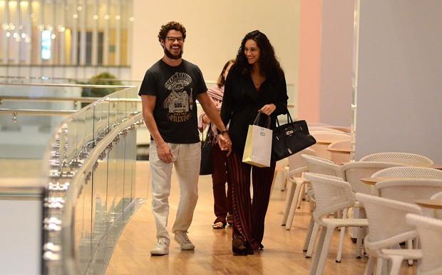José Loreto e Débora Nascimento (Foto: AgNews)