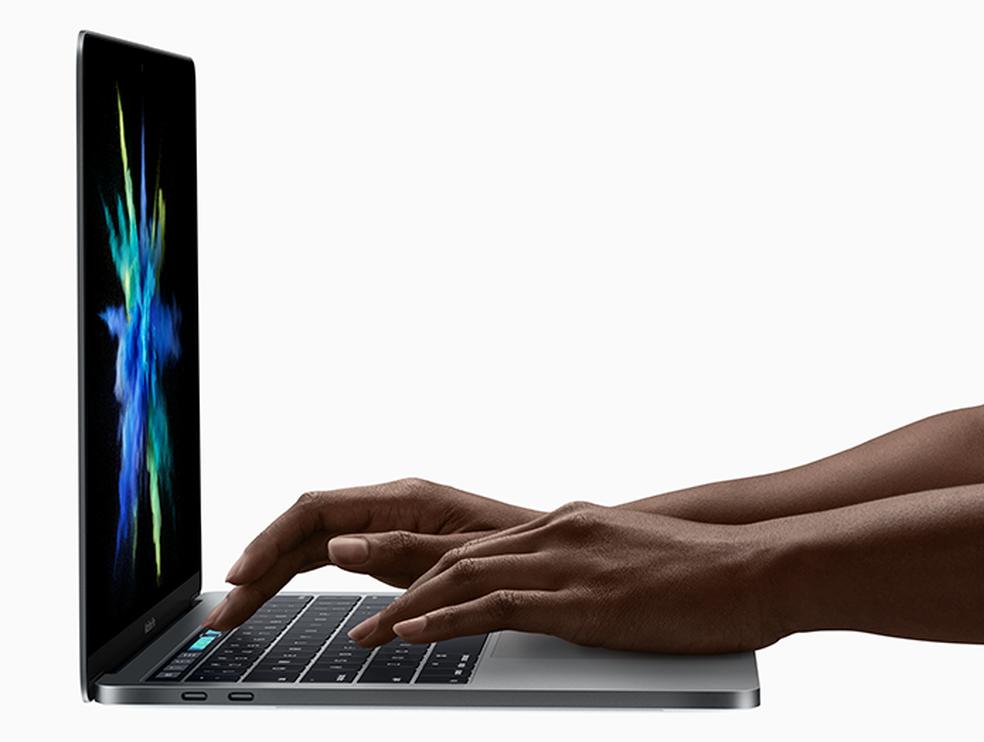 Portas Thunderbolt no MacBook Pro — Foto: Divulgação/Apple