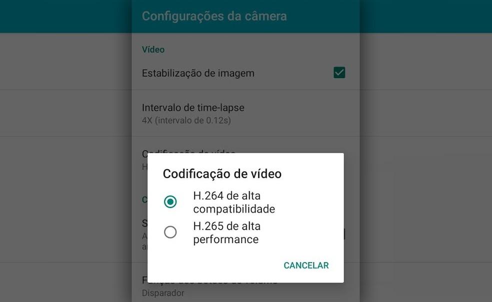 LEGENDA: Opção de uso de H.265 (HEVC) para gravar arquivos de vídeo em celular. Sem software compatível, computador não poderá abrir o arquivo. — Foto: Reprodução