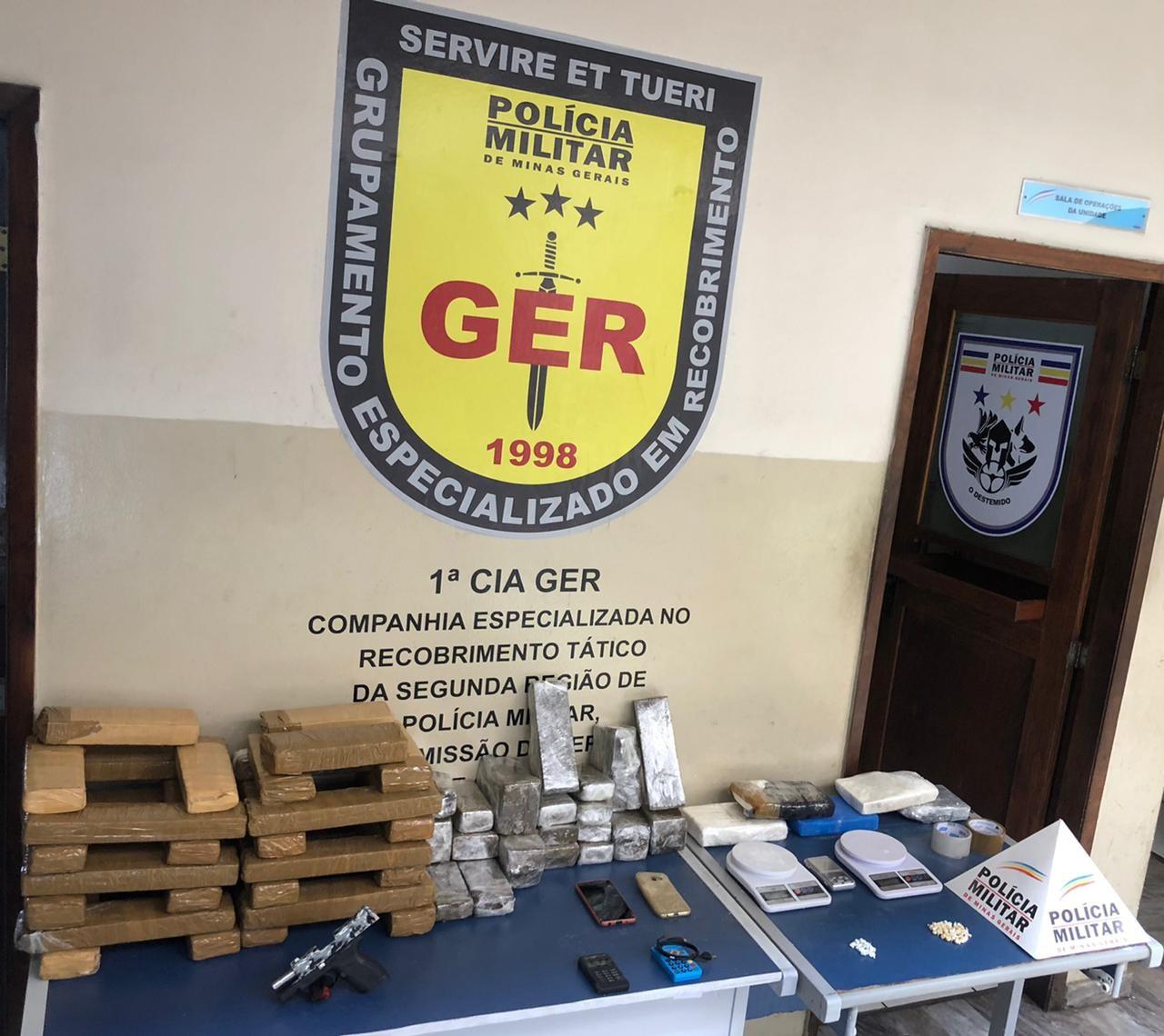 Quatro suspeitos são detidos por tráfico de drogas na Região Oeste de Belo Horizonte