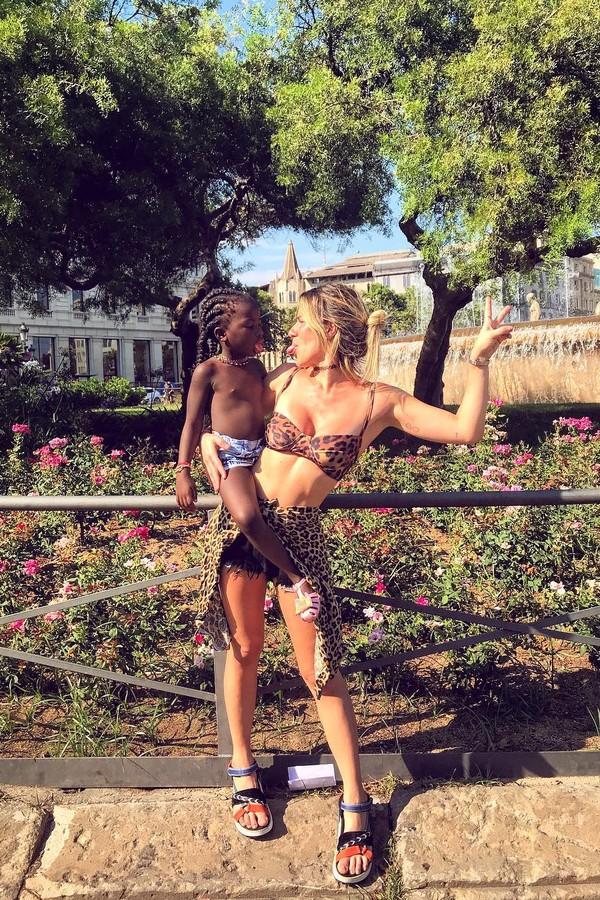 Titi e Giovanna Ewbank em Barcelona (Foto: Instagram/Reprodução)