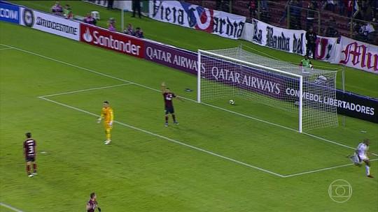 Confira os gols da noite em jogos da Libertadores e Copa do Brasil