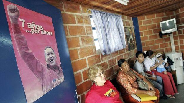 'Mais uma vez o império mente para desacreditar os programas de cooperação de saúde de Cuba com outros países', disse o governo cubano (Foto: Getty Images via BBC News)