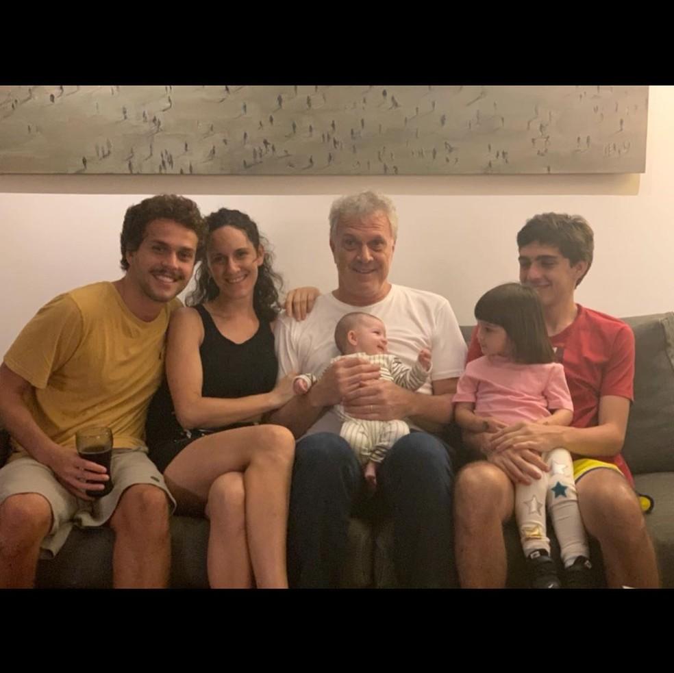 Maria Prata homenageia o marido, Pedro Bial, nas redes sociais — Foto: Reprodução/Instagram