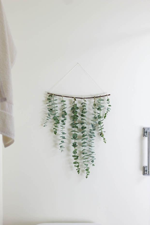 Pendurar ramos de eucalipto no chuveiro é nova moda do Pinterest (Foto: reprodução)