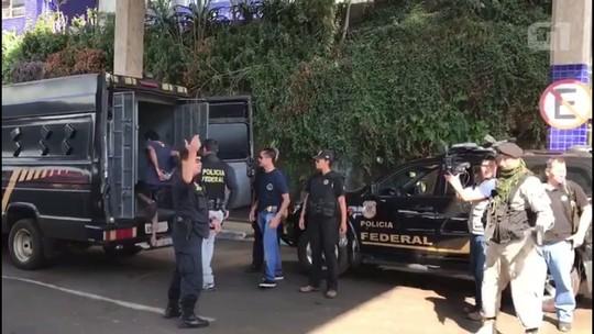 Paraguai expulsa 6 brasileiros suspeitos de mega-assalto