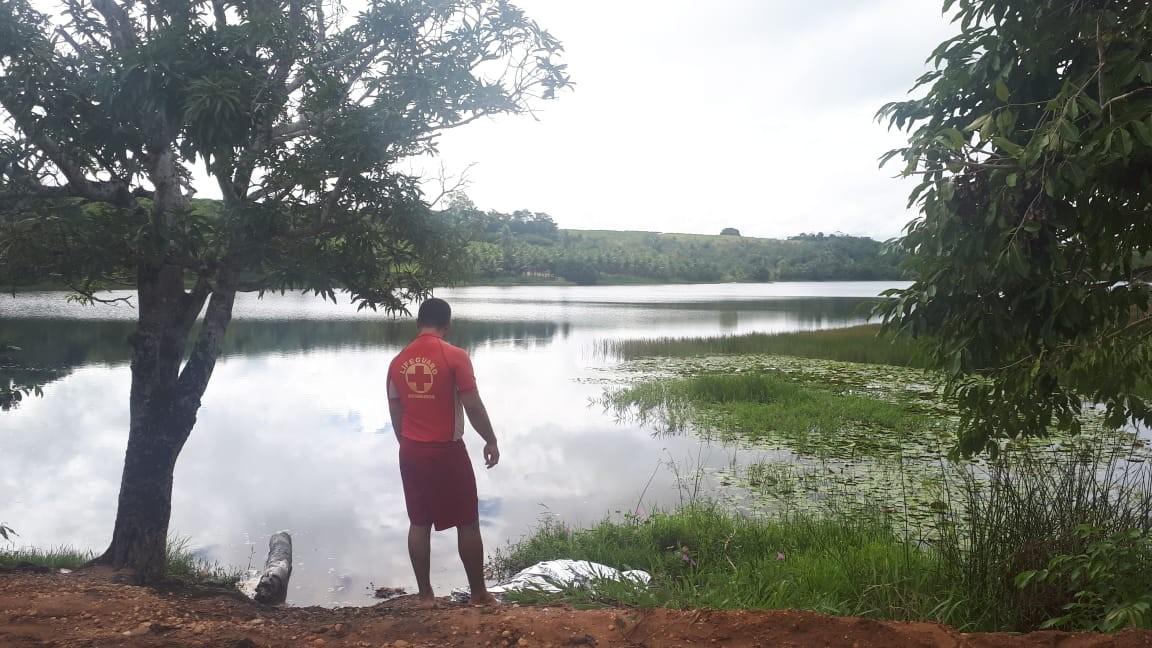 Corpo de homem é achado boiando em dique em Penedo, Alagoas - Noticias